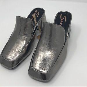 NEW Seven7 Meghan Mule Silver Size 6 Chunky Heel